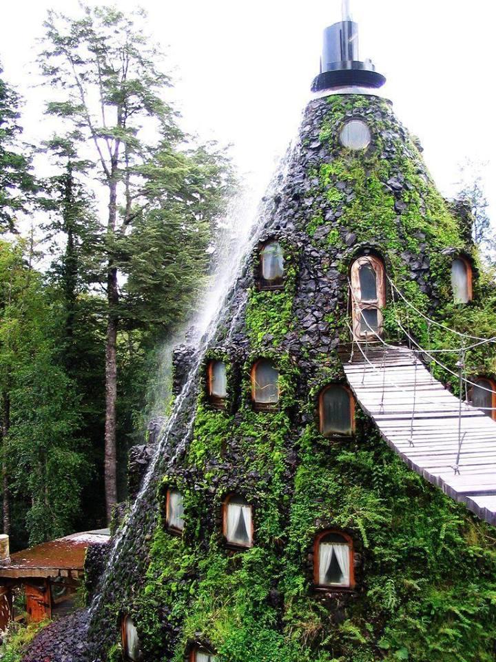 Hotel Huilo-Huilo, Chile